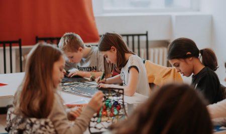 Besplatne radionice tokom leta za decu i mlade iz Obrenovca